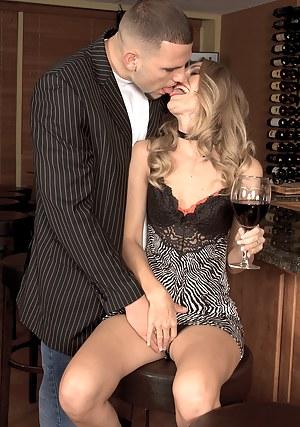 MILF Drunk Porn Pictures